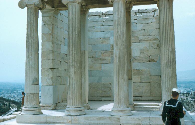 e-002-columns