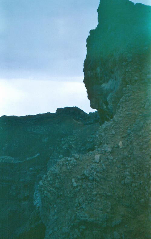 i-019-edge-of-crater