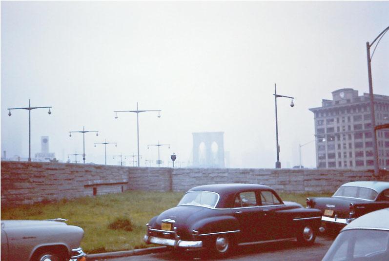 n-021 Brooklyn Bridge
