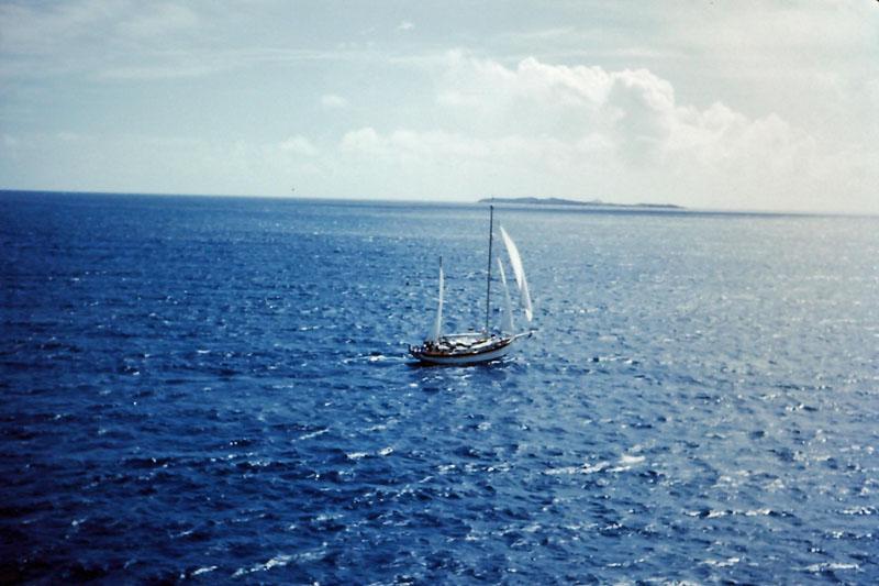 r-025 Yacht