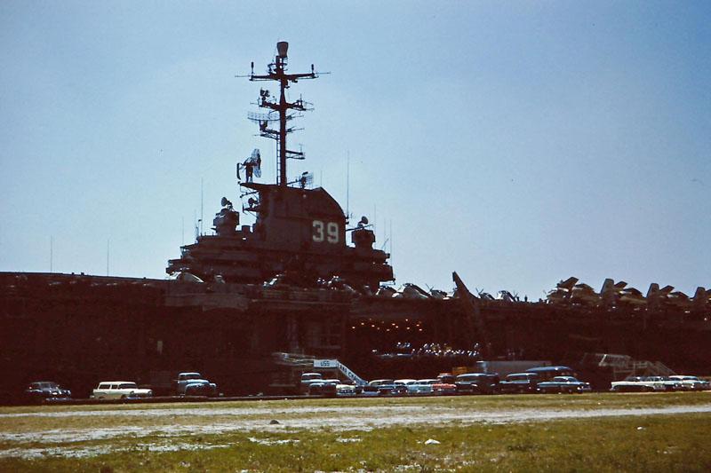 u-020 USS Lake Champlain CVA/CVS-39