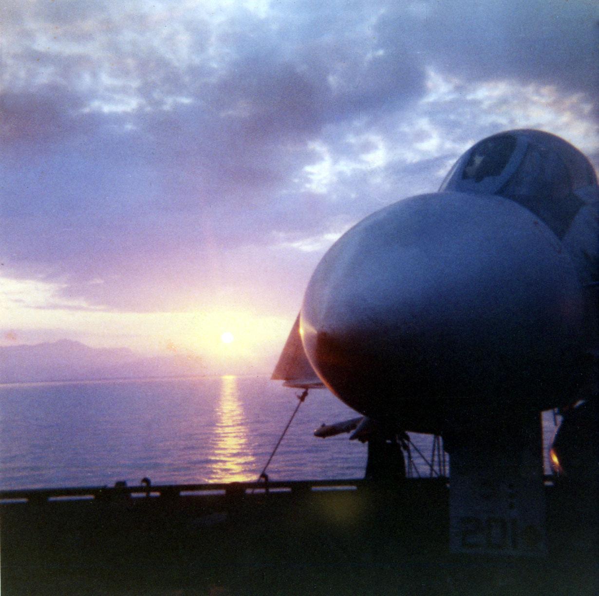 04-sunrise-capri-w