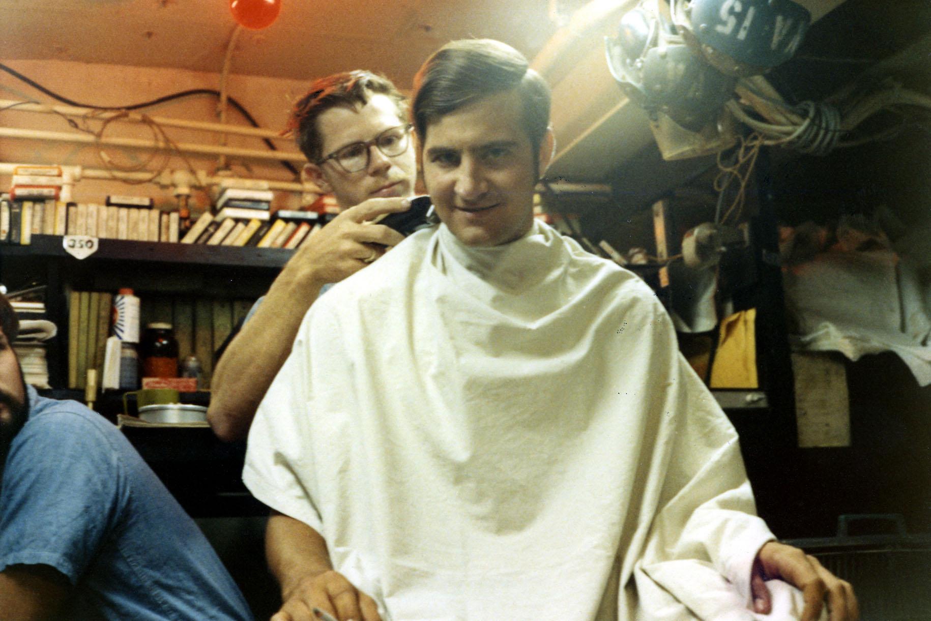 06-higgins-giving-dana-guntrum-haircut-w