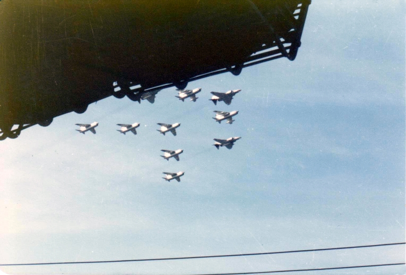 formation-fly-by-airshow-out-at-sea-c