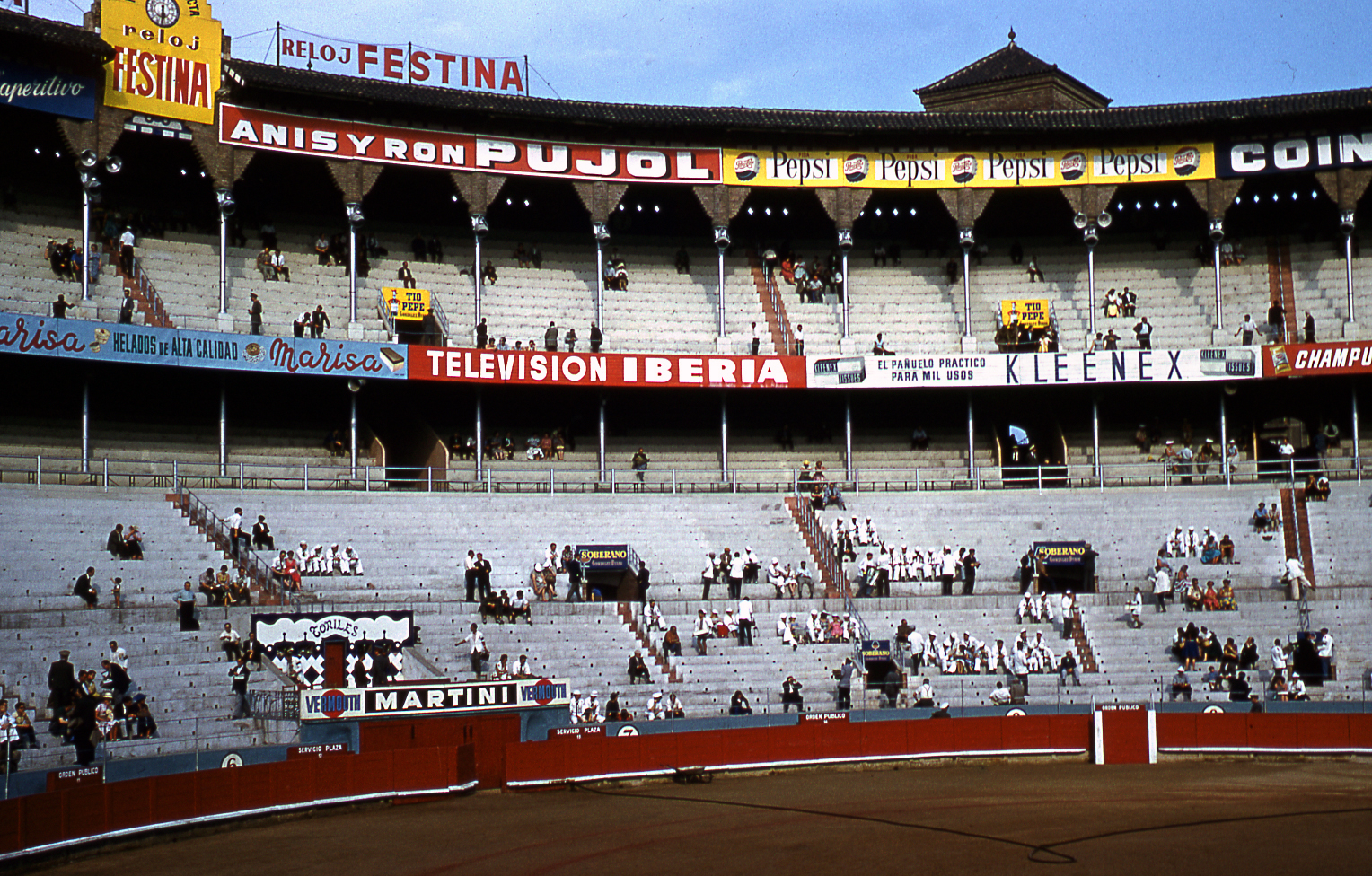 17-jun60-barcelona-bullfights