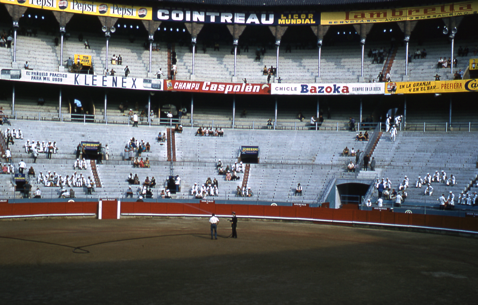 18-jun60-barcelona-bullfights