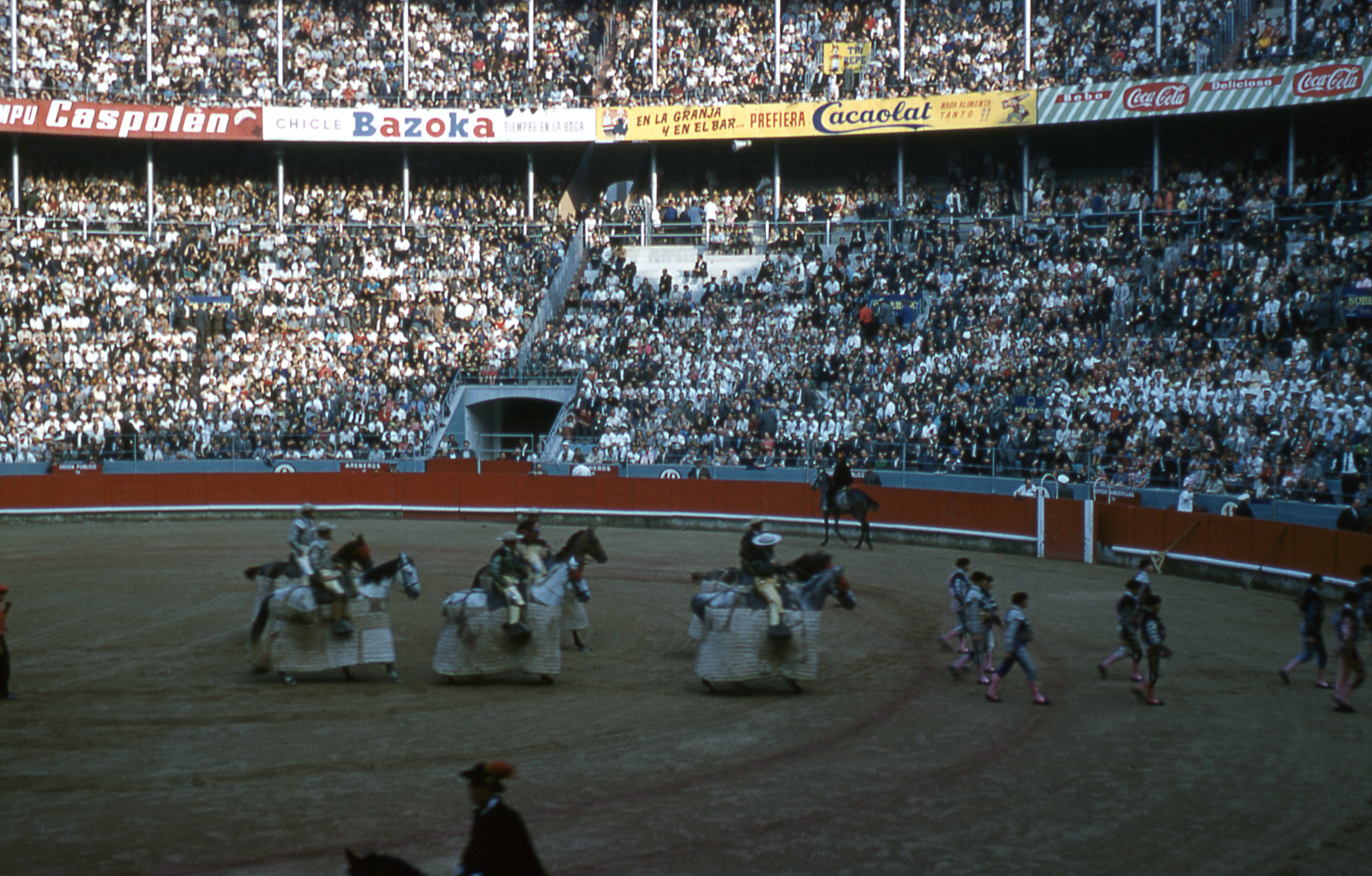 20-jun60-barcelona-bullfights