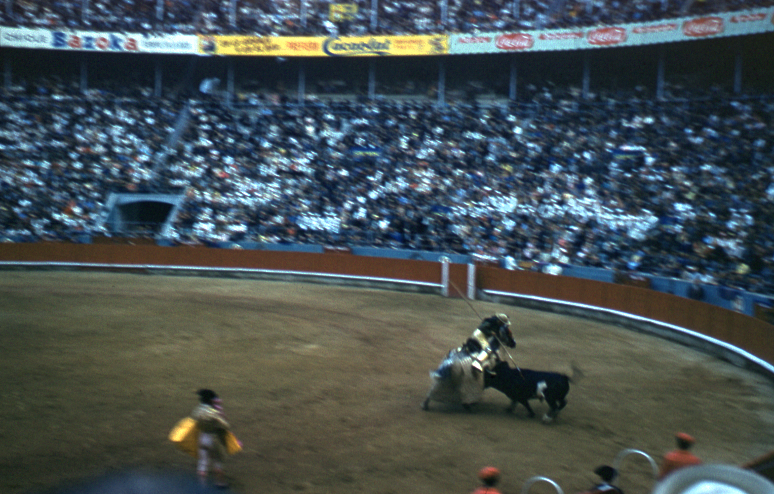 33-jun60-barcelona-bullfights